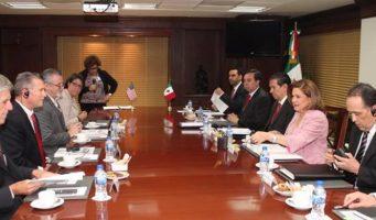 La PGR acuerda con EU fortalecer combate al tráfico de armas