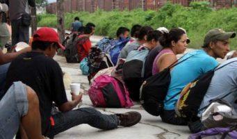 La inmigración ilegal es como una 'enfermedad': Rick Perry