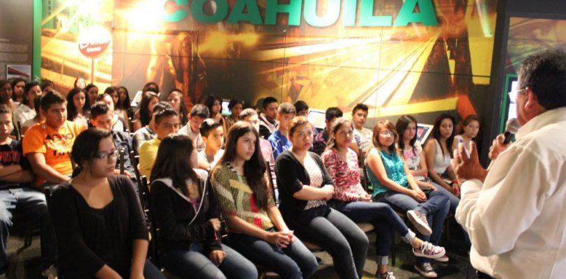ICAI capacita a estudiantes en Museo Palacio