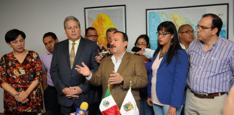 Maestros de Coahuila tendrán que duplicar aportación para salvar su pensión