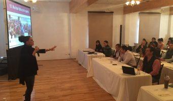Actriz de TV Azteca capacita a diputados de Coahuila en redes sociales