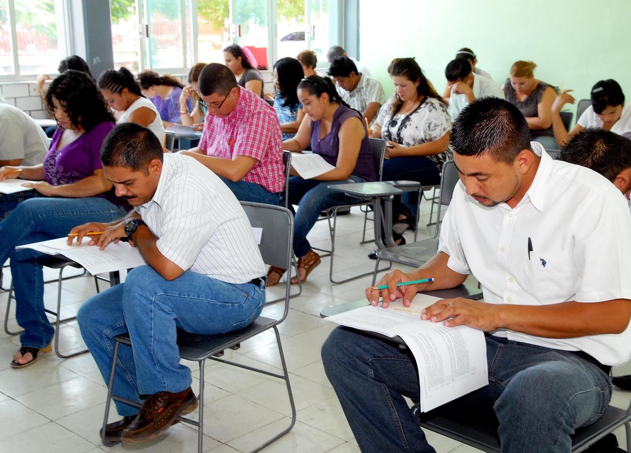 Solicitan a la Secretaría de Educación información sobre las plazas no docentes y docentes