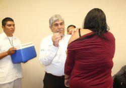 Importante vacunar niñas, niños y adultos mayores contra la influenza