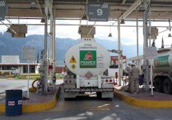 Pemex dona cerca de 14 millones de pesos en asfalto y combustibles al gobierno de Coahuila