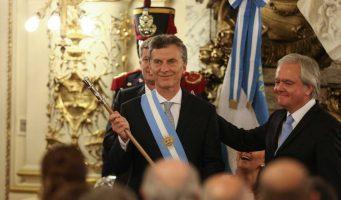 Mauricio Macri asume la presidencia de Argentina