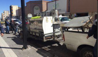 Desalojan a comerciante del Mercado Juárez por adeudo de 10 años