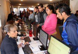 Más de 2 mil 500 vacantes en la Feria del Empleo en Torreón