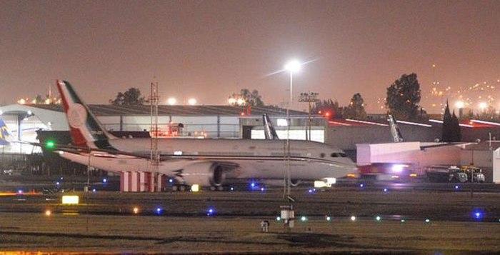 Aterriza en México el nuevo avión presidencial