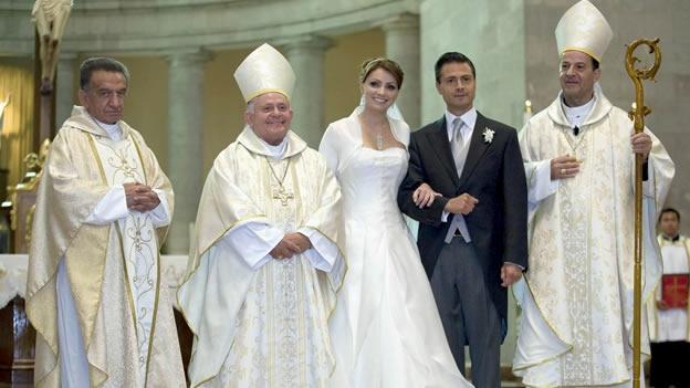 Revela Proceso y Aristegui Noticias expediente de la boda Peña-Rivero