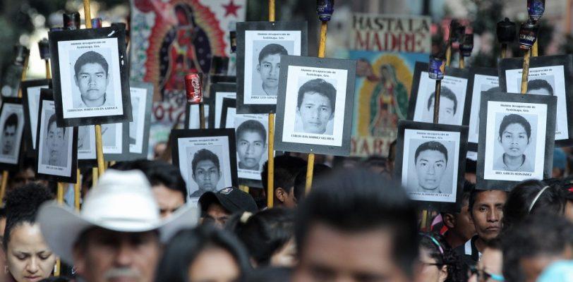 Rechazan padres de  normalistas asistir a la misa de Ciudad Juárez