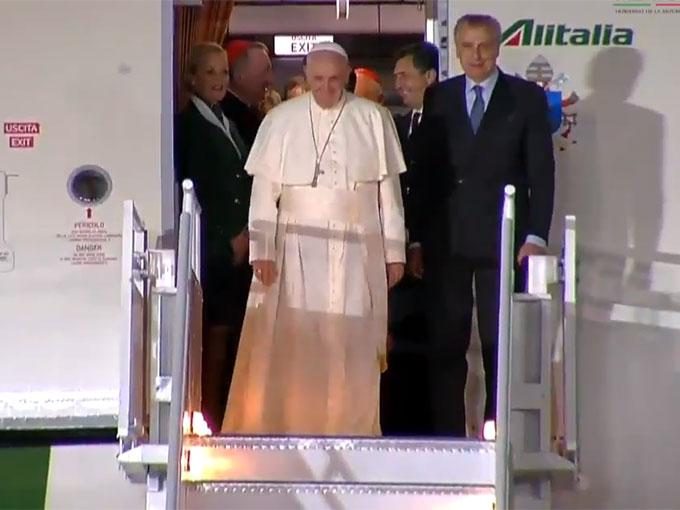 La llegada del papa Francisco a México en imágenes