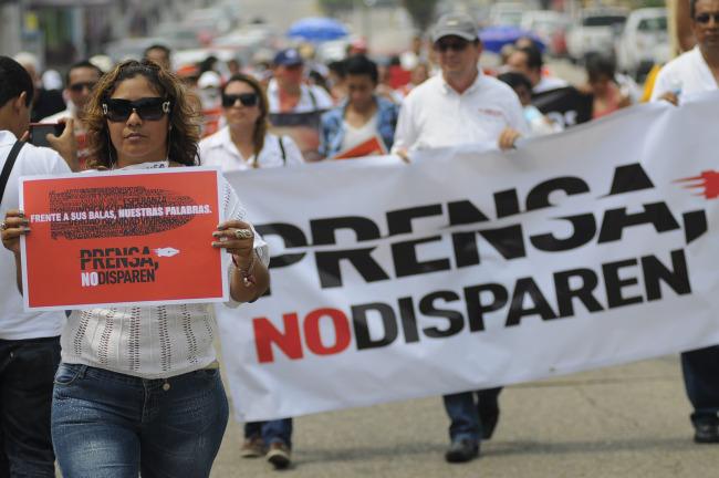 """""""Criminalizar a periodistas asesinados es cobarde"""": prensa de Veracruz"""