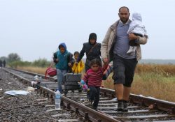 Francia solicita ayuda a Argentina por crisis de refugiados