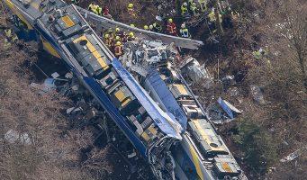 Accidente de trenes en Alemania deja al menos 9 muertos