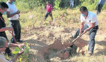 Hallan casi tres mil fragmentos de restos humanos en un rancho de Veracruz