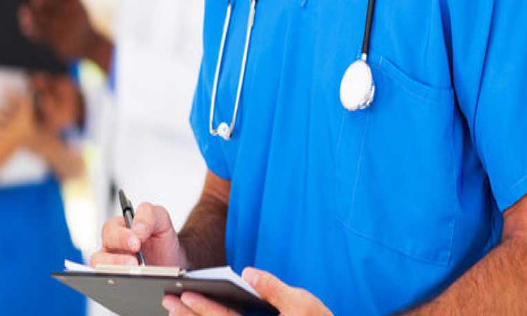 Da de baja IMSS a enfermero acusado de abusar sexualmente de pacientes
