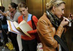 Mujeres prefieren abrir sus propios negocios por bajos sueldos y jornadas extenuantes