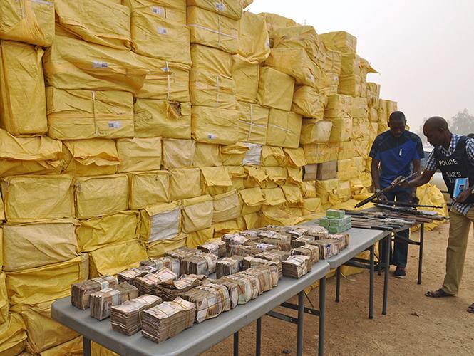 Arrestan a 4 mexicanos en Nigeria por ayudar a construir narcolaboratorio