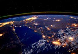 Difunde astronauta Scott Kelly impresionantes imágenes de la tierra desde el espacio