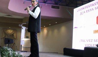 Imparten conferencia en temas de transparencia y la equidad de género