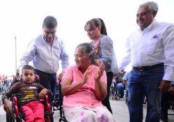 Quien necesite una silla de ruedas en Torreón la tendrá: Riquelme Solís