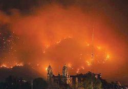 Incendio devora 244 hectáreas en el Tepozteco de Morelos