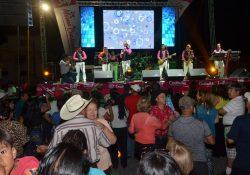 Inician los festejos para mamá con conciertos en Coahuila