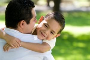 papa con hijo