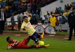 Los ingresos de Televisa bajan por futbol