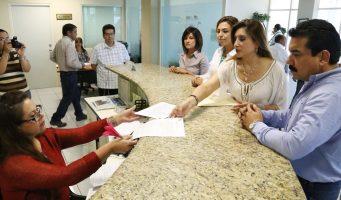 Denuncia PRI al alcalde de Sabinas por otorgar concesiones de transporte a su familia