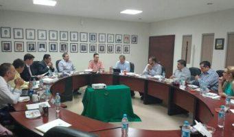Procurador establece acuerdos con los líderes de las cámaras de comercio, industria y ganadería