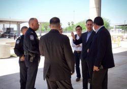 Se reúne Memo Anaya con autoridades de Texas