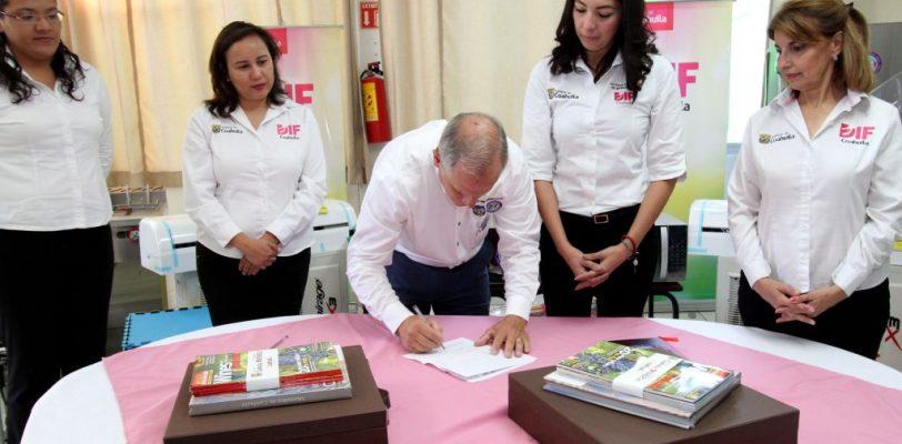 Firman convenio de colaboración entre DIF Coahuila y Comando del Norte de los EUA