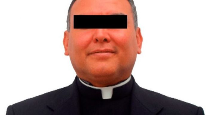 """Se entrega el padre """"Meño"""", cura acusado de pederastia"""
