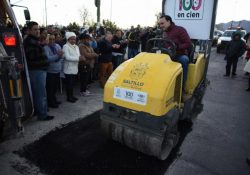 En 15 días, mil baches tapados: Manolo Jiménez