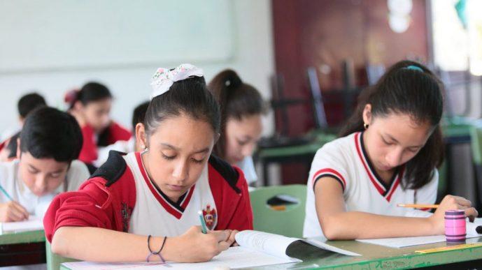 Aplican 55 mil 400 alumnos examen de ingreso a nivel secundaria en Coahuila