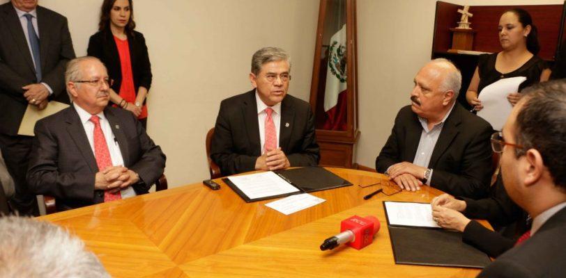 Solicita UAdeC apoyo para investigar presuntas empresas fantasma