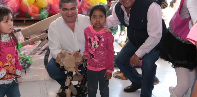 Festejan en su día a las niñas y niños de Coahuila