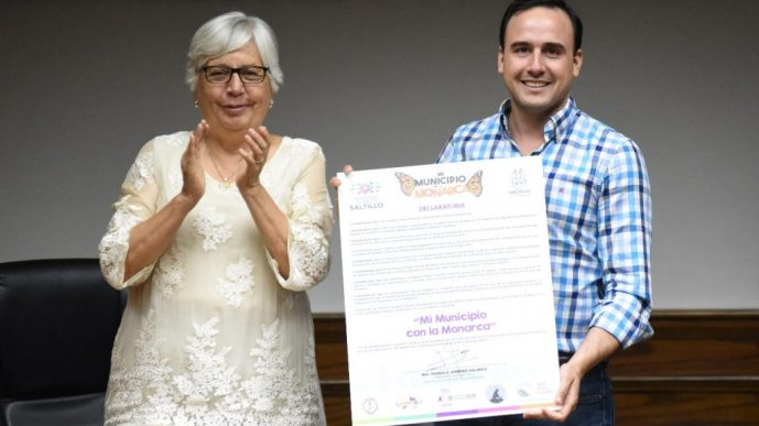 "Manolo Jiménez primer Alcalde de México en firmar ""Mi Municipio con la Monarca"""