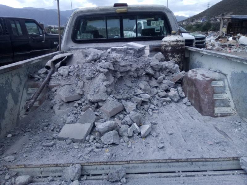 Exhorta Gobierno Municipal a no tirar escombro en arroyos o terrenos baldíos