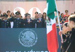 Celebra Coahuila desfile cívico militar