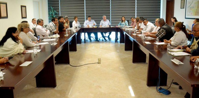 Alcalde atiende pliego petitorio de sindicatos de trabajadores al servicio del municipio