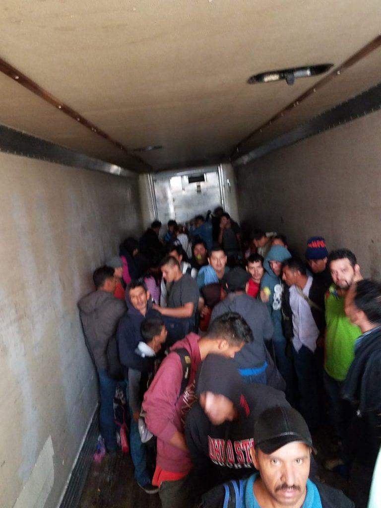 Rescatan a 157 migrantes centroamericanos en Coahuila