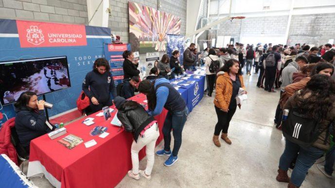 Acercan Universidades opciones a estudiantes