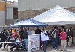 Ofertan empresas de Zapalinamé 200 empleos a migrantes en albergue de Piedras Negras