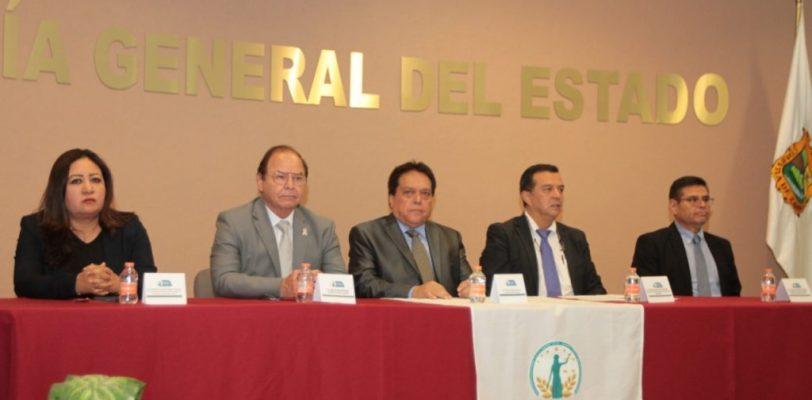 Ministerios pùblicos de Coahuila se capacitan sobre procesos legales para cesiòn de òrganos