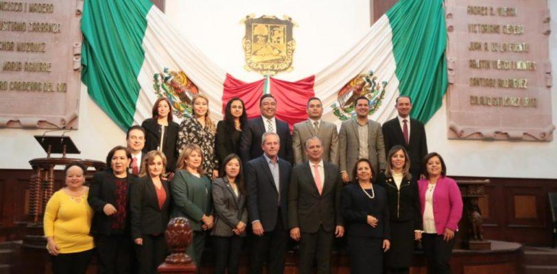 Cumple Congreso de Coahuila con empresarios del Estado