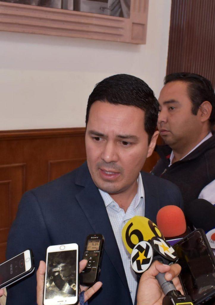 Critica diputado silencio de la CNDH ante el INSABI