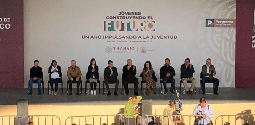"""Anuncia AMLO en Coahuila aumento de la beca """"Jóvenes Construyendo el Futuro"""""""