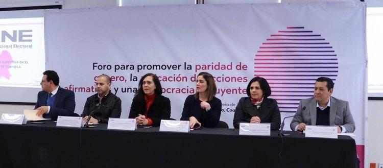 Promueve INE la democracia incluyente en Foro